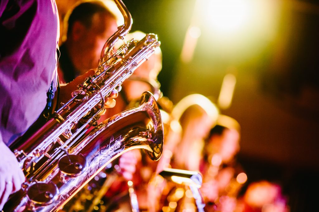 Baritone Saxophone [Photo by Jens Thekkeveettil on Unsplash]